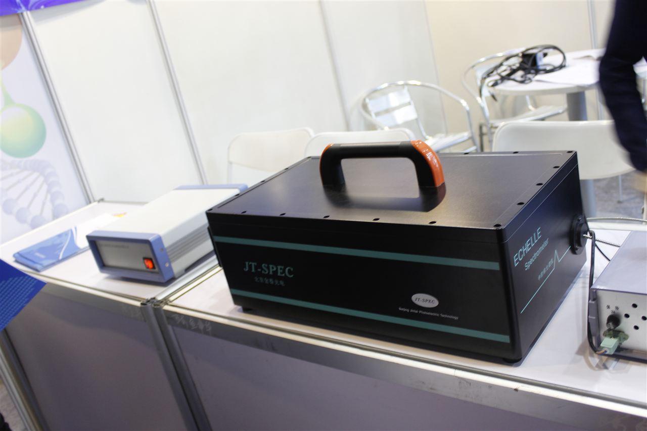 国内首次自主研发基于中阶梯光栅的商用光纤光谱仪问世