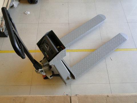 碳钢结构防爆叉车电子秤价格